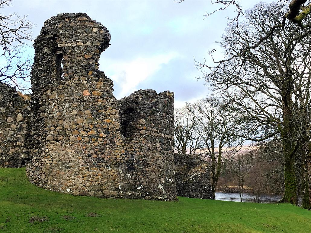 Old Inverlochy Castle ruins